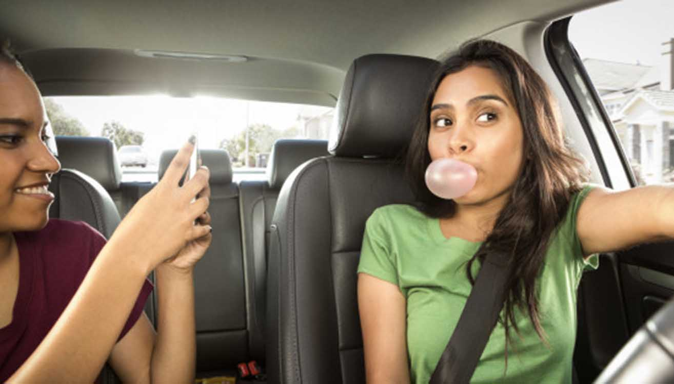 BE ALERT: THE MOST COMMON MISTAKES TEENS MAKE WHILE DRIVING